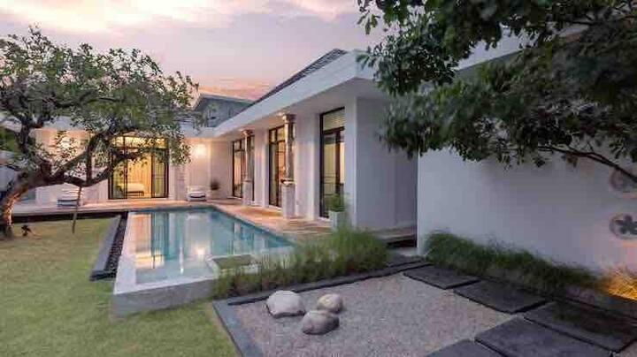 VS【乾隆】超美的中国风三卧泳池别墅 Luxury Chinese style pool villa
