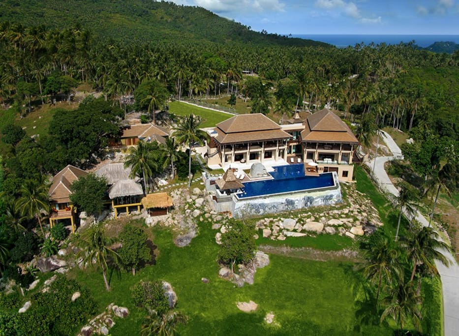 Seaview Private Villa and Spa set in 2.5 acres ,secure landscaped gardens,2100sqm luxury living areass