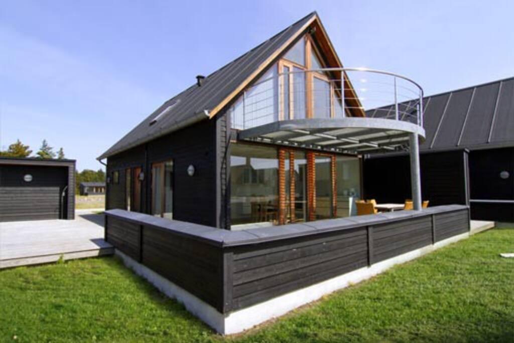 ferienhaus auf r m mit meeresblick h uschen zur miete in r m d nemark. Black Bedroom Furniture Sets. Home Design Ideas