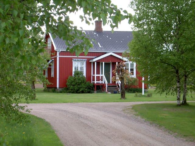 Beautiful,charming West Coast cabin - Halmstad - Mökki