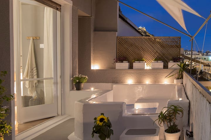 Exterior small balcony Pool - Nighttime   Codex Domus   Penthouse Pool Apartment