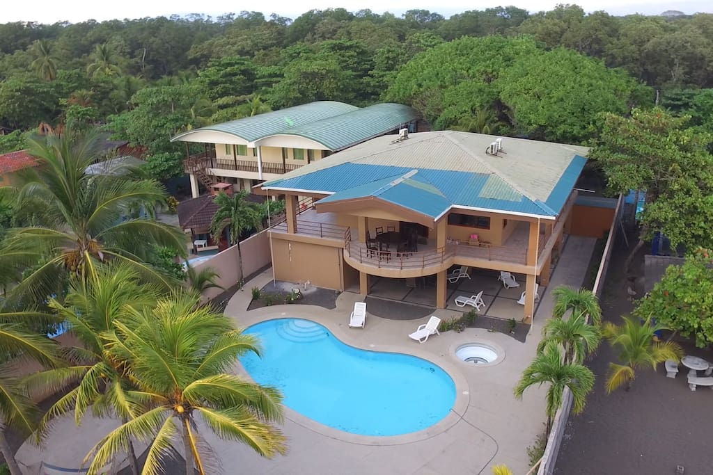 Ocean front beach house costa rica houses for rent in for Costa rica rental houses
