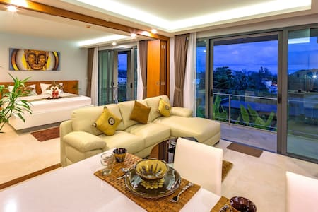 Peaceful Seaview Condominium at Rawai Beach