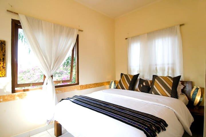 Another little cozy room inBalangan - Jimbaran - Casa