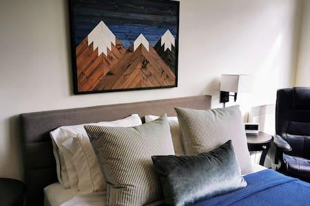 Alpenglow Studio Suite in the heart of Whistler