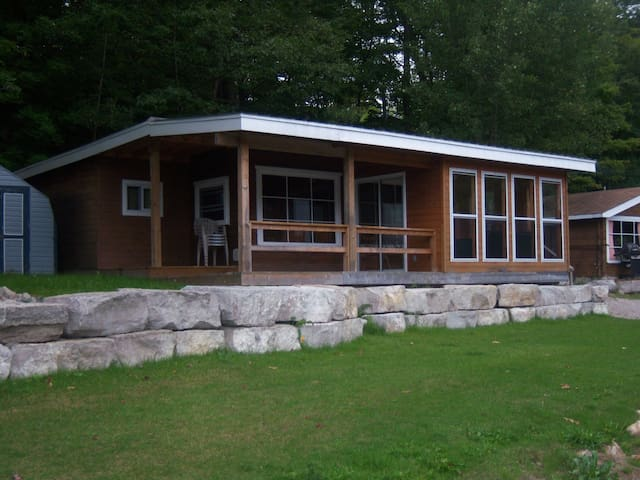 The Severn 2 Bedroom Cottage - Coldwater - Cabin