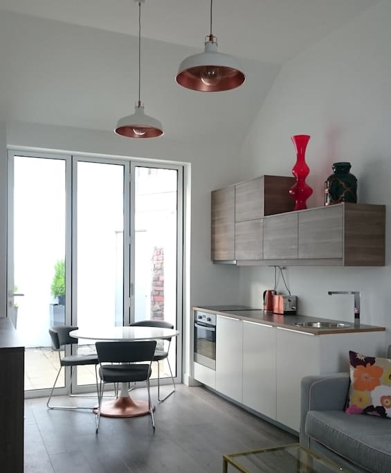 A fully-fitted kitchen with all mod cons, fridge, dishwasher and washer/dryer.