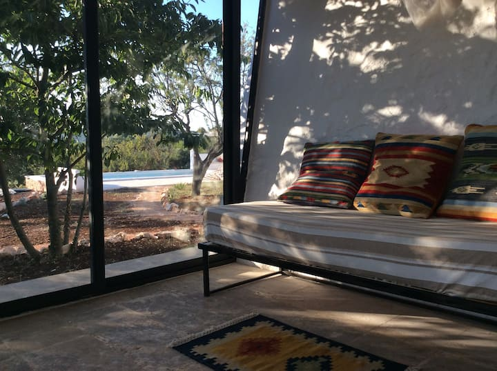 Lemon Court - in nature with swimmingpool whirpool