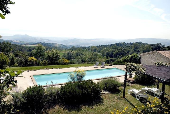Contemporary private villa Umbria - Todi - วิลล่า