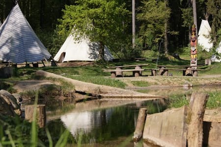 Tipi Camp with animals and nature - Greifenstein - Khemah Tipi