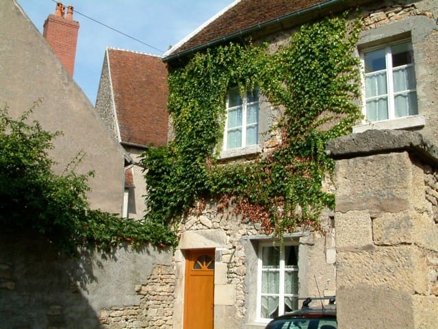 Historic Cottage in Varzy, Burgundy - Varzy - Hus