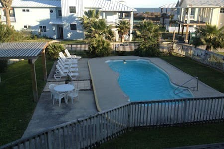 1 BDRM CONDO WALKING DIST TO BEACH - Port Aransas - Wohnung