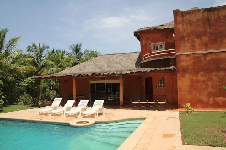 Villa piscine Saly safari village