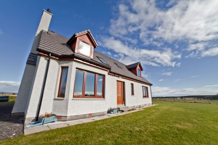 Highland Holiday House Inverness - Ardersier - Hus