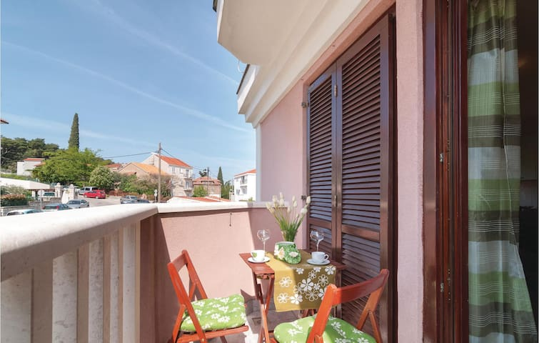 Holiday apartment with 2 bedrooms on 50m² in Split