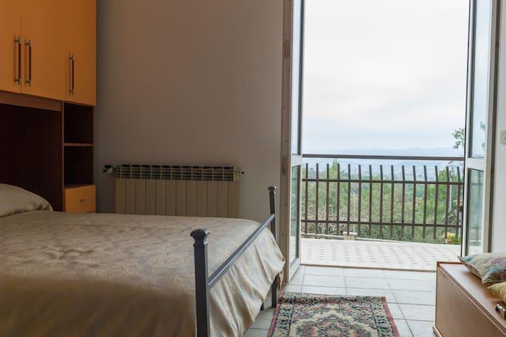 Una vista dalle colline dell'Umbria