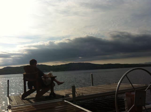 Chalet au bord du Grand Lac Brompton