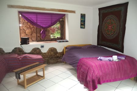 Cozy Cottage, Romantic Getaway, Backpackers rest