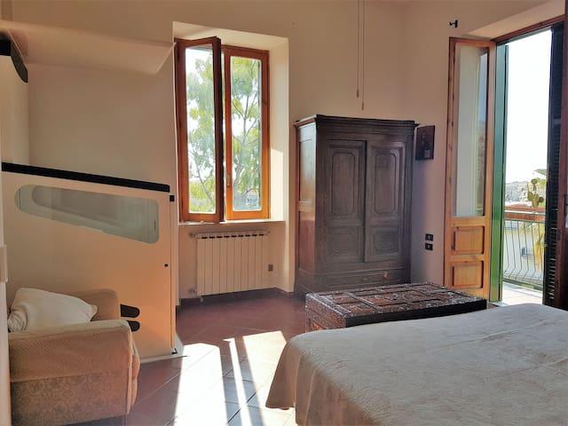 Bedroom 1 with elevator