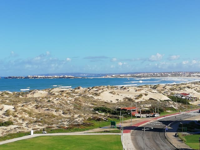 Peniche Apartment - Sea View