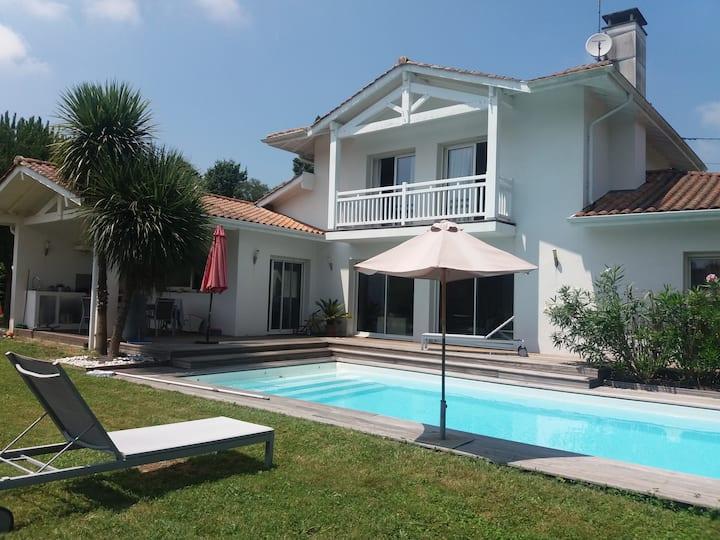Villa idéale pour vacances mer, montagne et golf
