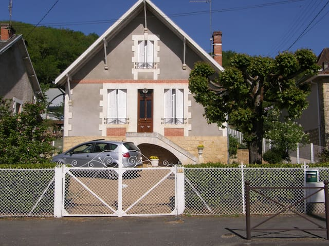 La Maison de Montignac Lascaux - Montignac - House
