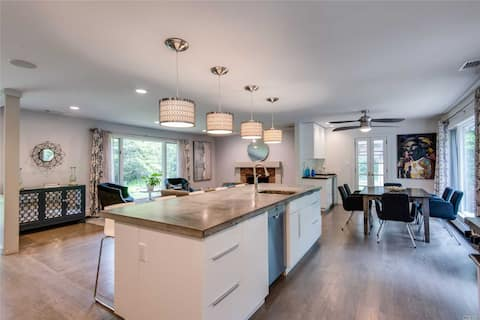 RENOVATED RANCH IN PERFECT NORTH SHORE LOCATION