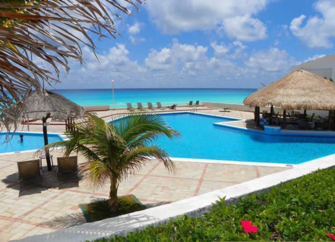 amazing pool with access to a private #beach
