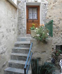 location entre mer et montagne - Belgodère - Haus
