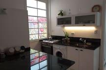 Kitchen / Cocina integrada al living