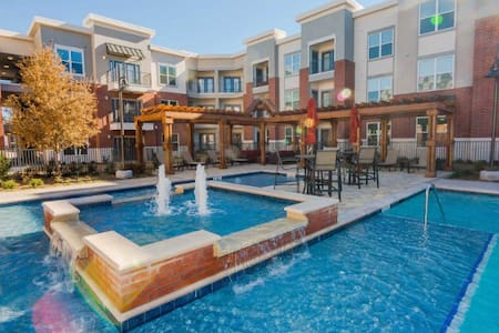 New Fully Furnished Luxury Condo - Plano