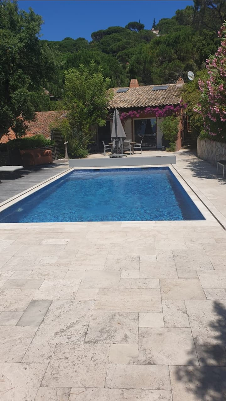 GIGARO / MAS WITH SWIMMING POOL - TERRACE WITH SEA VIEW