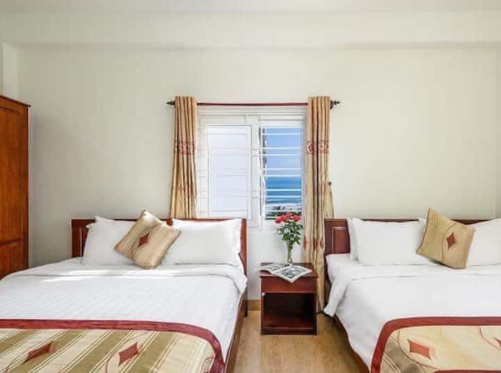 Đà Nẵng Little Gold beach hotel