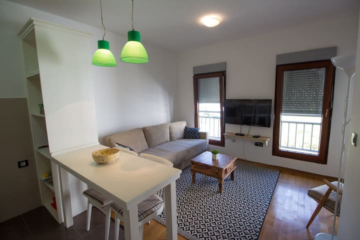 Green Apartment in Center of Bar