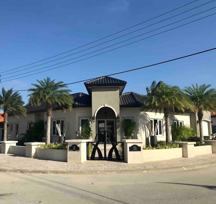 Villa Opal Oasis
