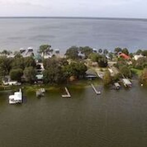 Lake house on Lake Henry in Lake Placid, Florida