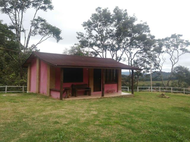 Chalé da montanha - Sítio Pasangas - Santo Antônio do Pinhal - Bungalo