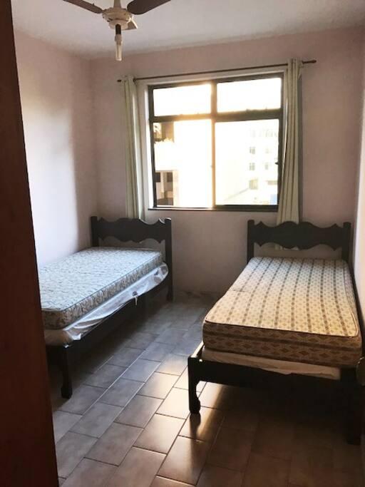 quarto para duas pessoas - vista 02