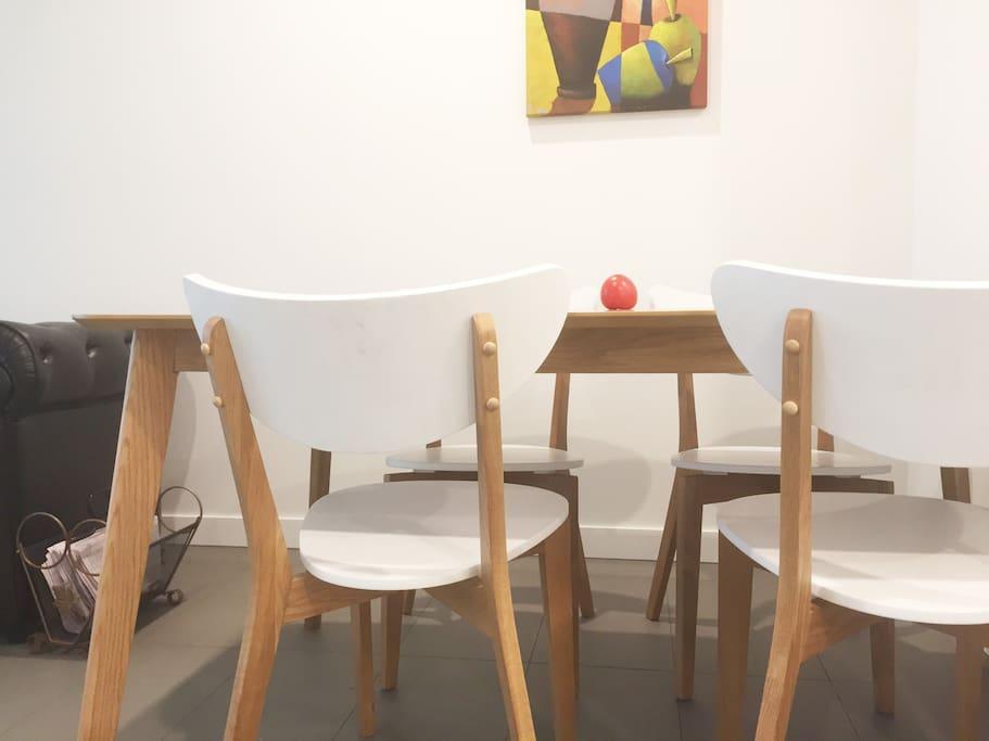 Dining 4 seat