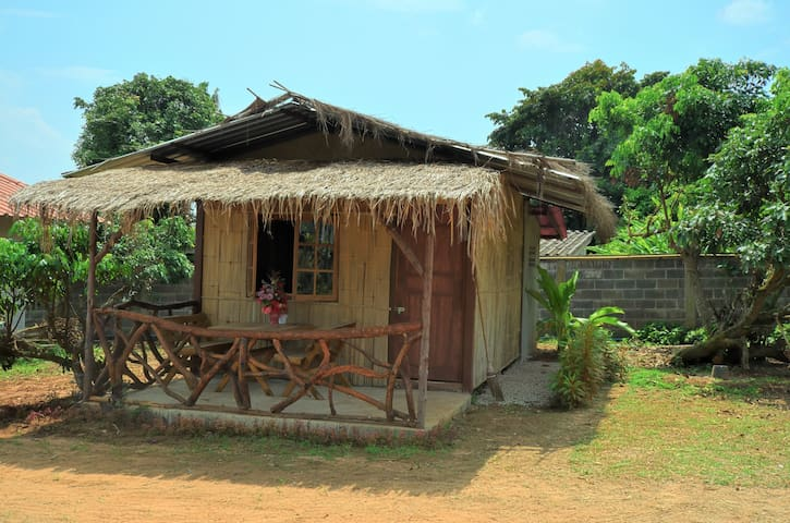 Bamboo bungalow for 2