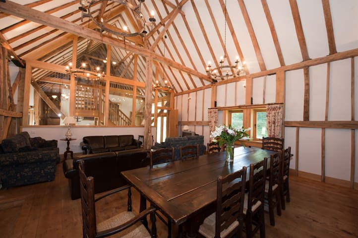 The Thatched Barn - Smarden - Casa