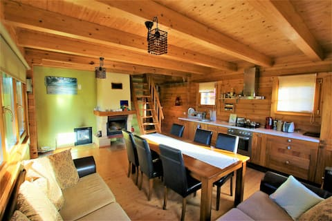 Romantic Chalet with lovely sauna and  fireplace