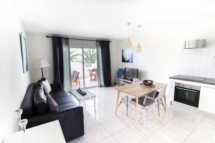 "Apartment ""Costa Azul"". Close to the sea."