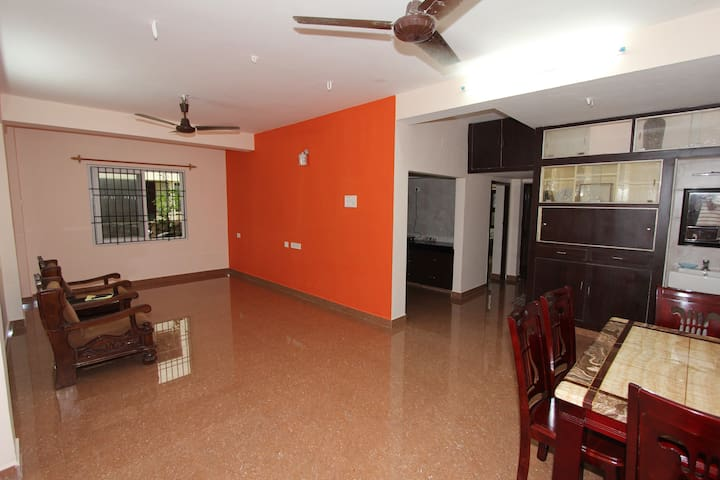 Neat and cozy 2 bedroom apartment in Adyar - Chennai - Apartamento