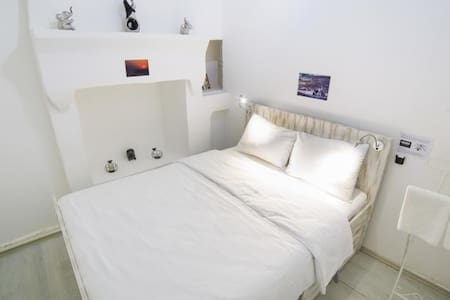 Cute Cozy Room City Center :) - Fethiye - Bed & Breakfast