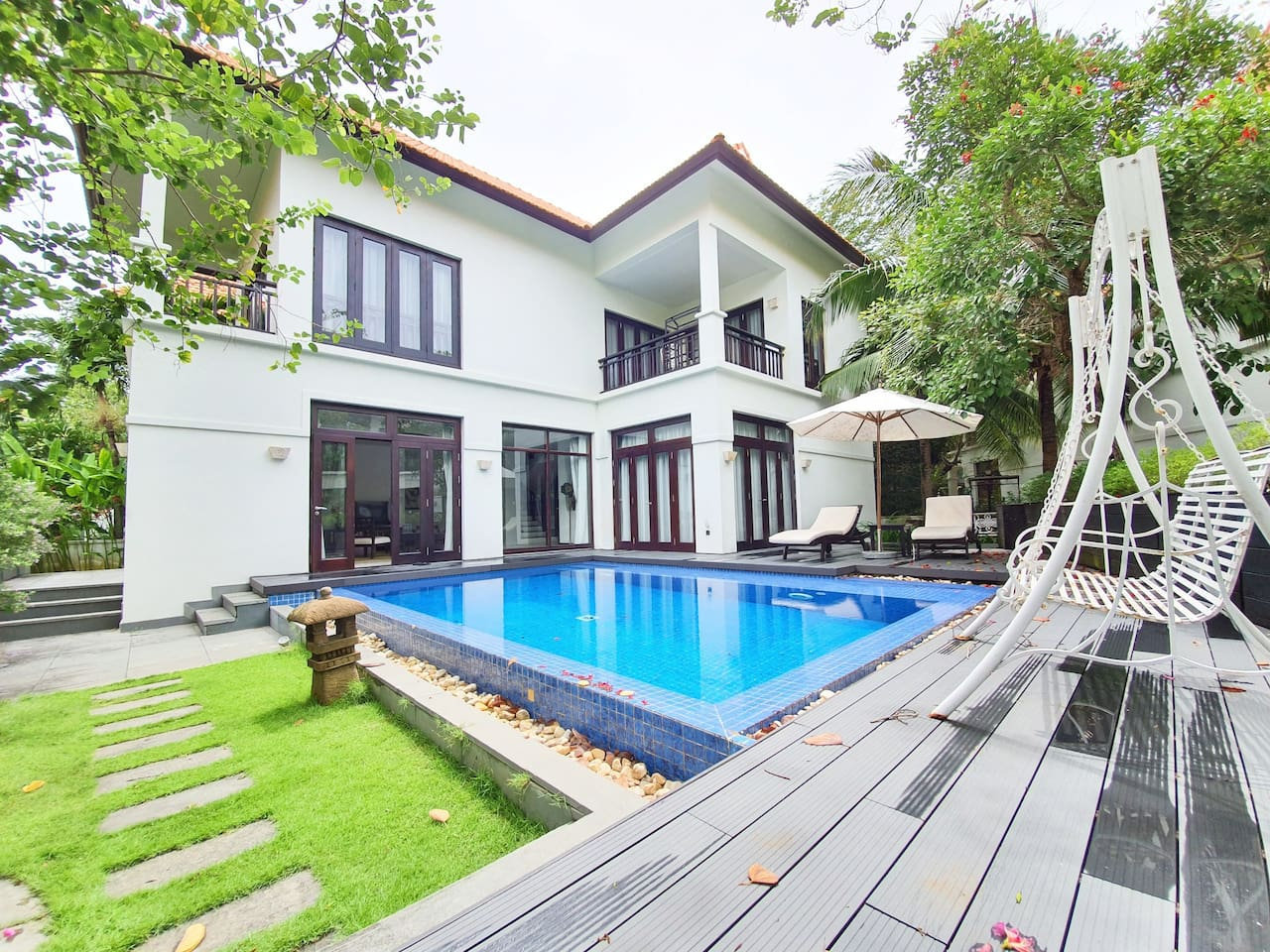 Villa 3 Bed-rooms with pool