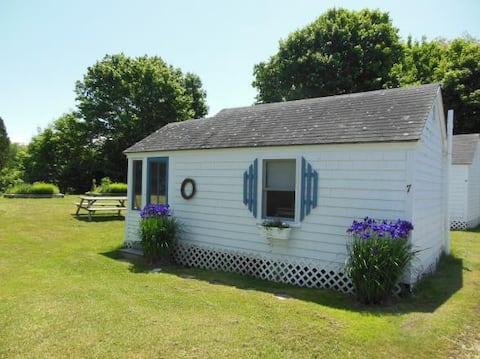 Boutique Cottage by the Sea (Cottage #7)