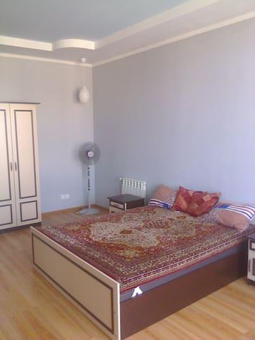 Первая спальная комната