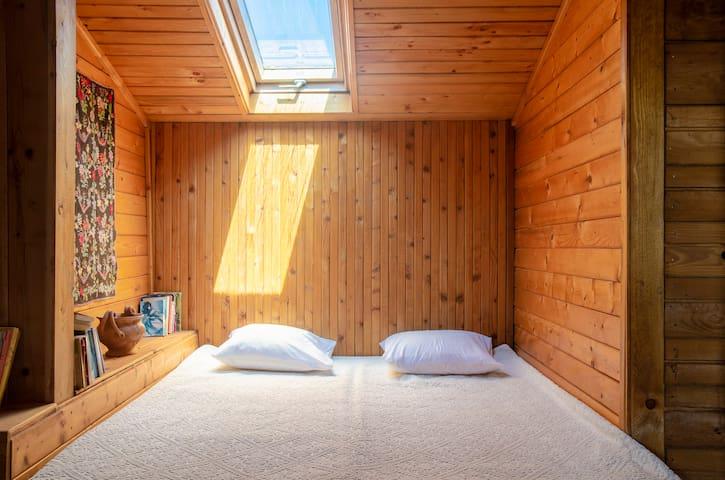 Upper floor - Bedroom 3