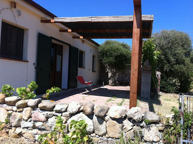 Quadrilocale Vista Mare Vignola - Trinità d´Agultu e Vignola - Lägenhet
